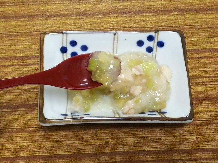 離乳食後期のおすすめナスレシピ「ナスとササミのみぞれ煮」の完成品