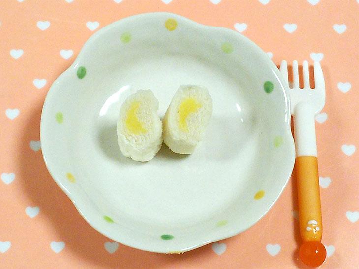 離乳食完了期のヨーグルトおすすめレシピ「ヨーグルト入りかぼちゃのロールサンド」の完成品