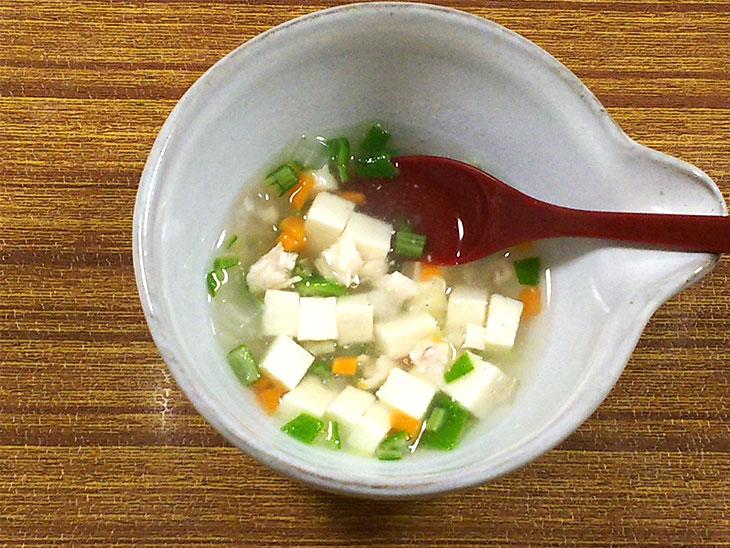 離乳食後期のオクラおすすめレシピ「オクラと豆腐のトロトロ煮」の完成品