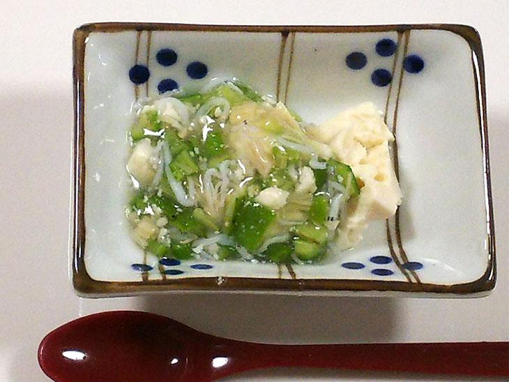 離乳食後期のオクラおすすめレシピ「しらすとオクラのあんかけ湯豆腐のレシピ」の完成品