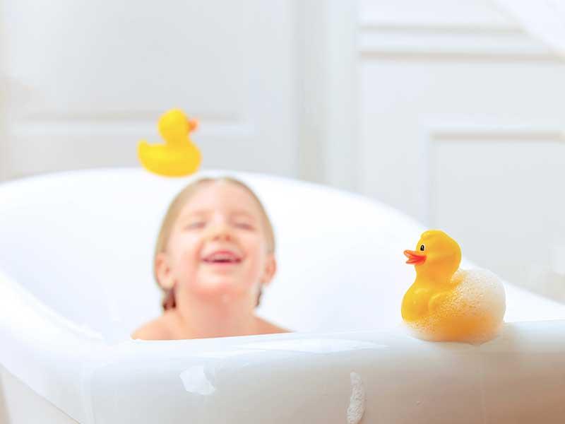 お風呂で遊ぶおもちゃ