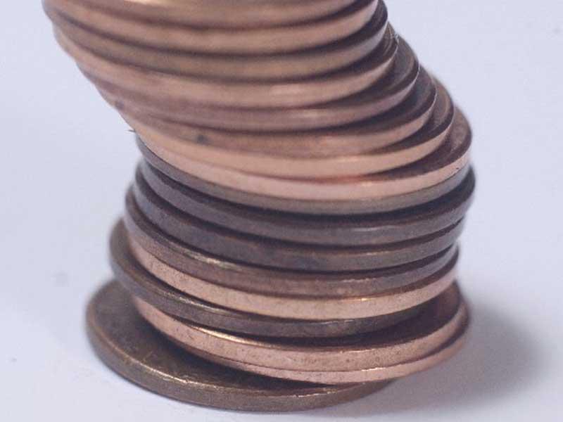 倒れる硬貨