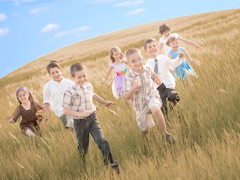 友達と遊ぶ風景