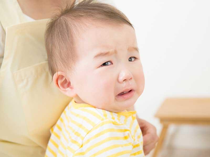 涙と鼻水が両方でてる本気泣きの赤ちゃん