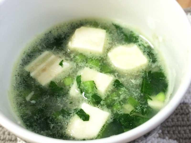 離乳食中期のおすすめレシピ「レンコンと小松菜とろとろ煮」の完成品