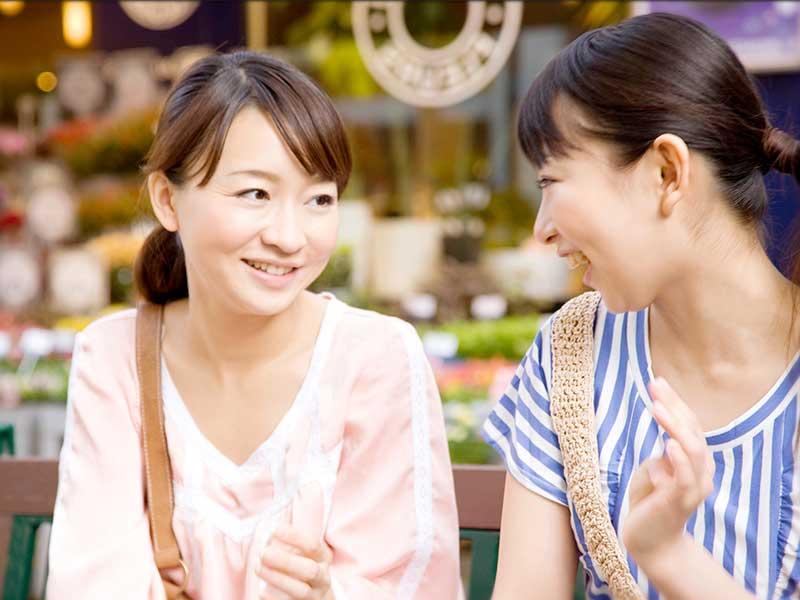 ママ友とおしゃべり女性達