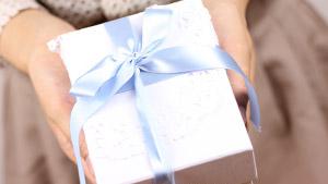 夫が泣いて喜ぶ誕生日プレゼントを渡すシチュエーションと計画5