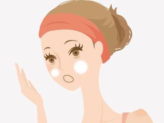 お化粧の下地をつけすぎてしまった女性