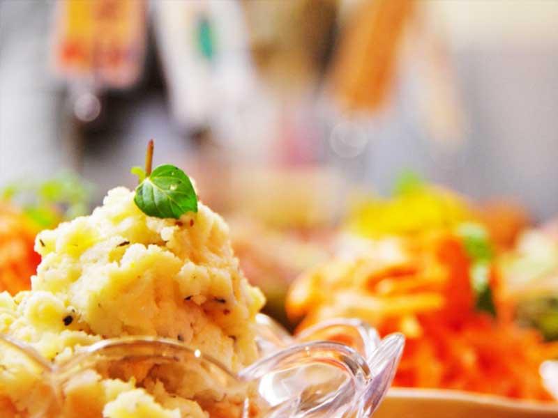 レストランのポテトサラダ