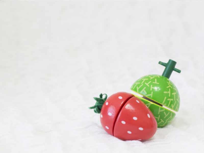 おもちゃの果物